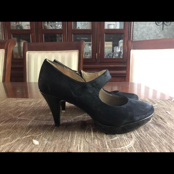 Bandolino Shoes - Bandolino size 6